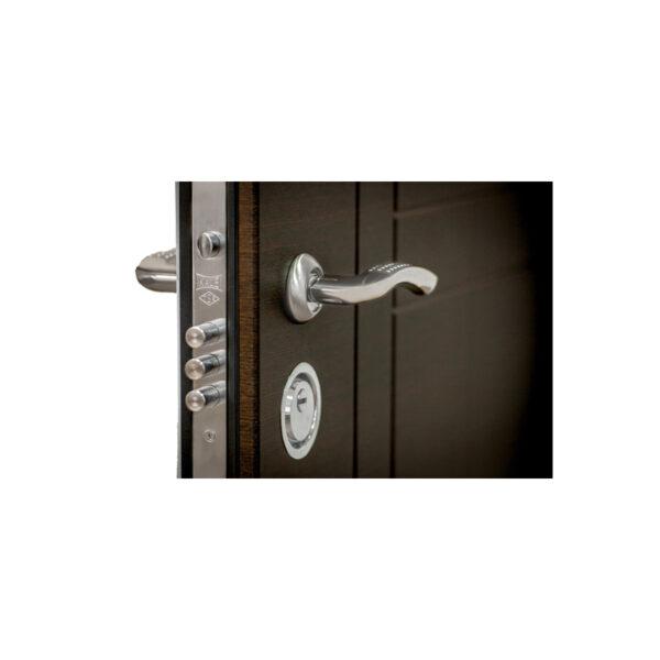 Входные двери в квартиру с МДФ ПK-180-161 элит вeнгe горизонтальный тёмный-цaргa бeлaя тeкcтyрa