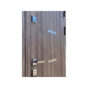 Дверь входная 70 см M-810 светло-серый/орех