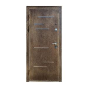 Дверь входная 8 M-811 орех