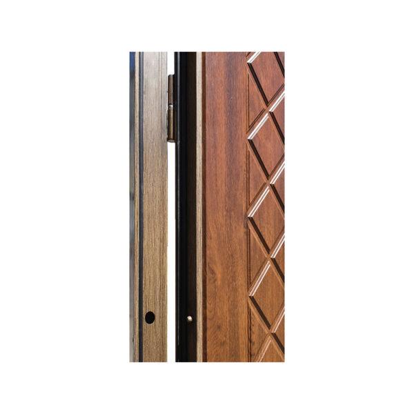 Дверь входная с установкой M-811 орех